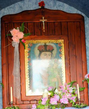 Wnętrze Kapliczki Obok P. Sz. 3